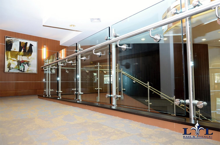 L & L Rail and Fence, Baltimore Rail and Fence, Northern VA, Stainless steel rails and handrails with glass panels
